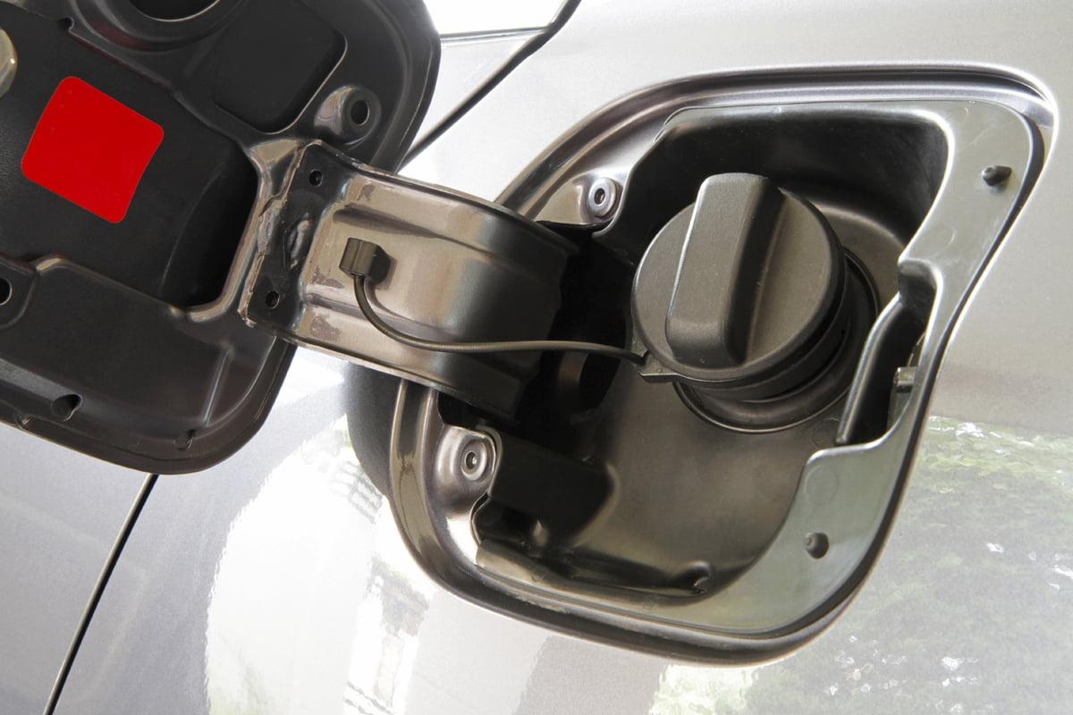 ¿Puede el azúcar destruir el motor de un carro?