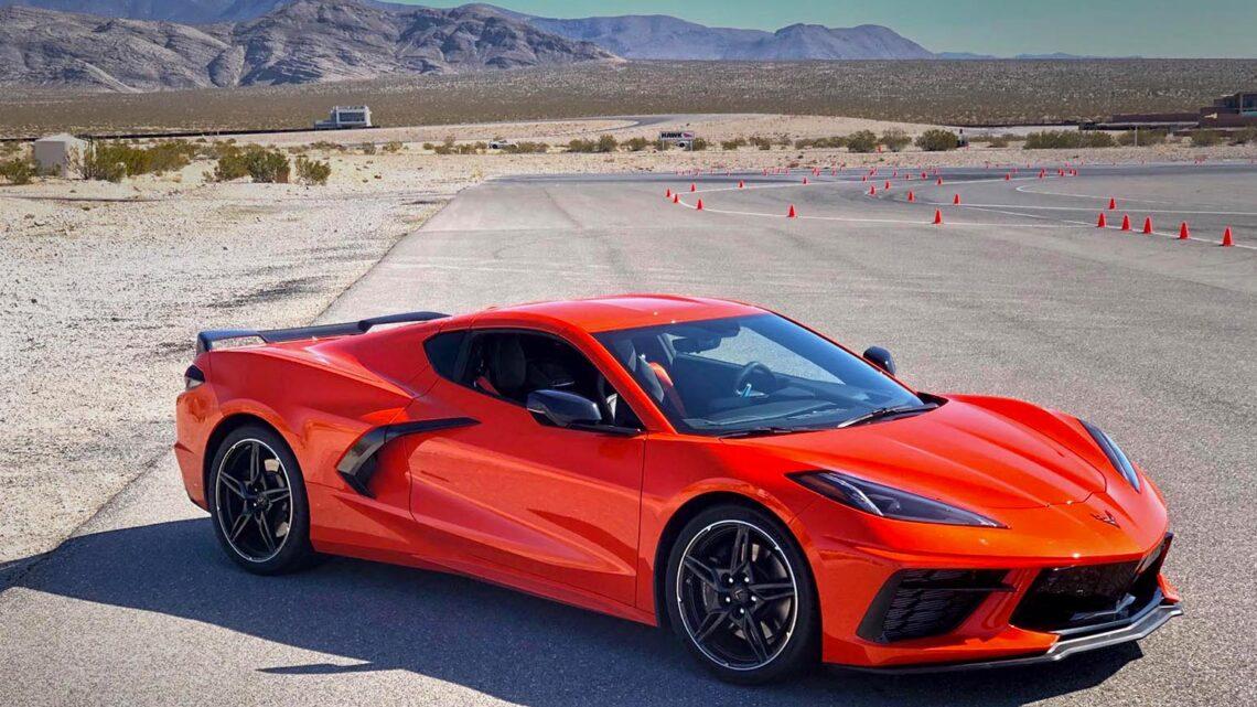 ¿Debería el Chevrolet Corvette C8 parecerse más a un Corvette?