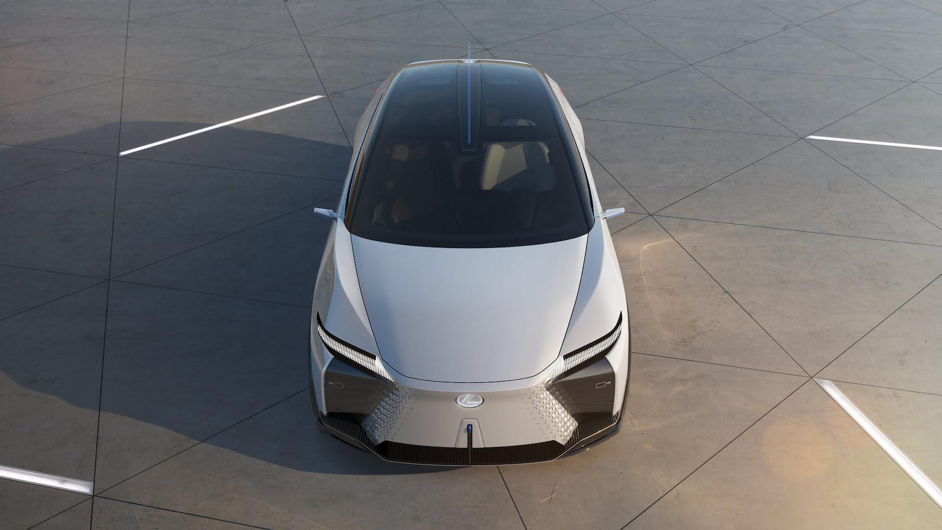 Primer híbrido enchufable de Lexus debutará en 2021